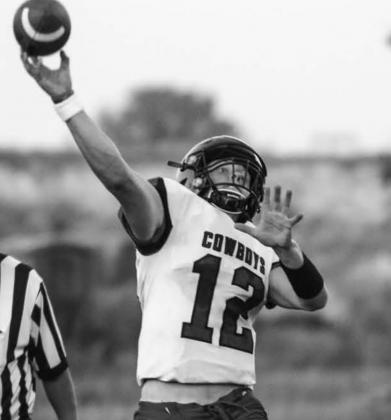 Lemmon-McIntosh quarterback Cody Thompson made 7 TD passes in the win over Hettinger-Scranton. Photo by Jon Flatland